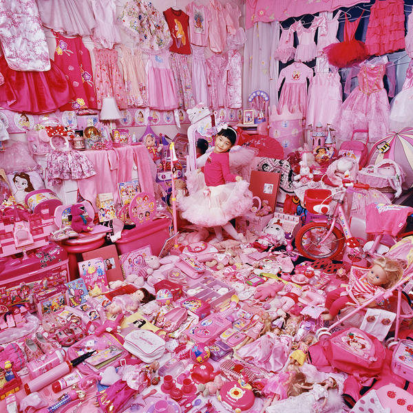 Jeeyoo and Her Pink Things, Light jet Print, 2007