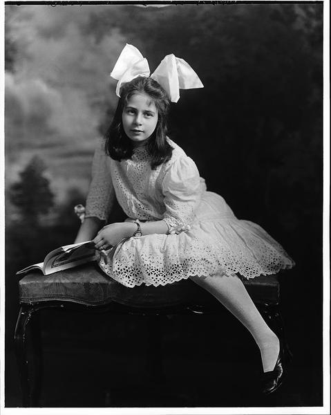 Miss Naomi Daintry, Montreal,1910, Wm.Notman&Son