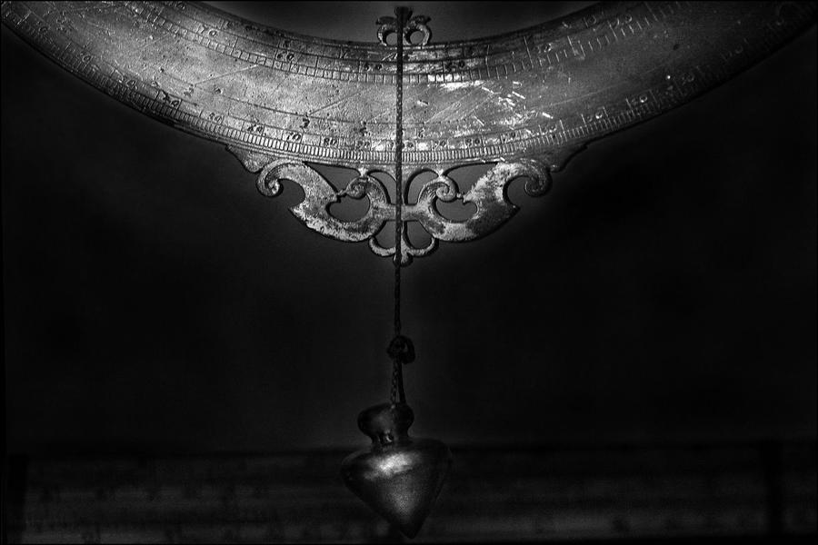 Galileo's Compass