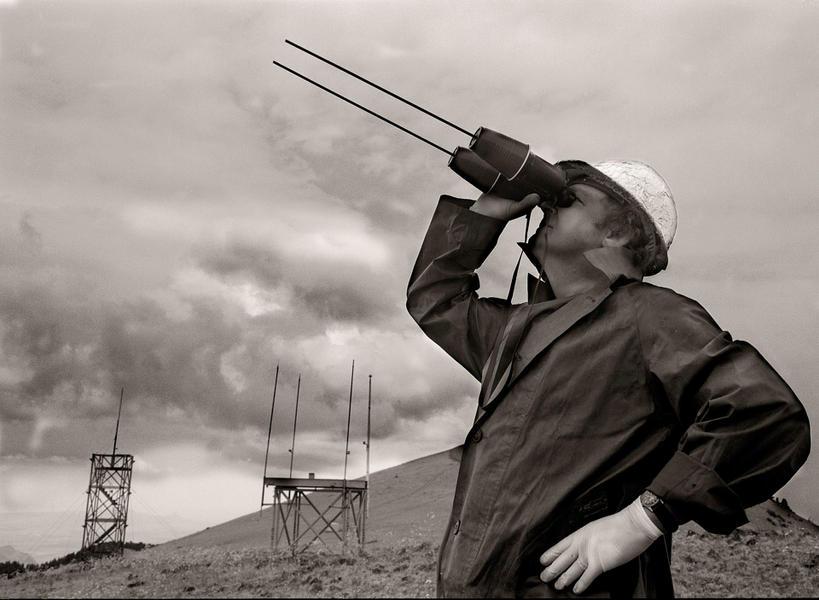 hand held lightning detectors, 1997