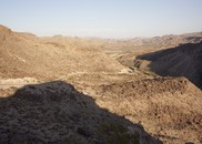 River Road, Along the Border