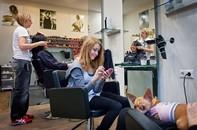 Germany, Berlin - Hairsaloon Tony & Guy