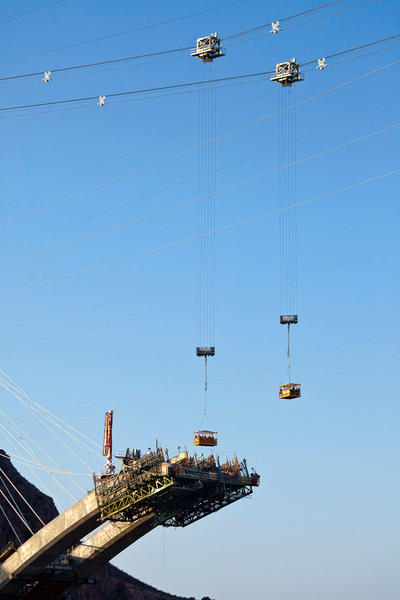 Ironworkers in Manbaskets, April 29, 2009