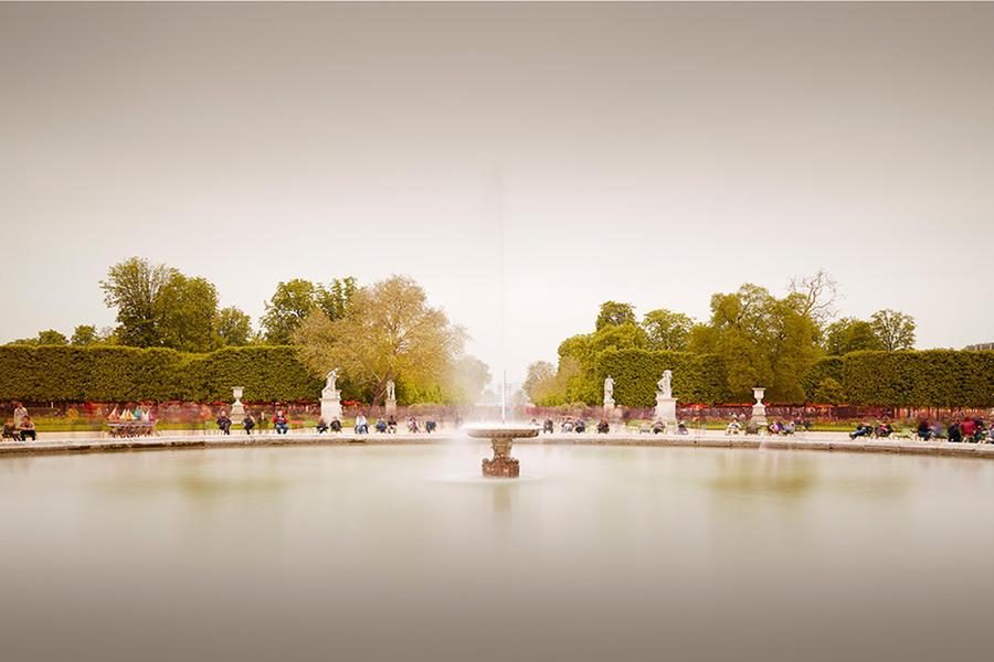Tuileries Fountain II, 2013