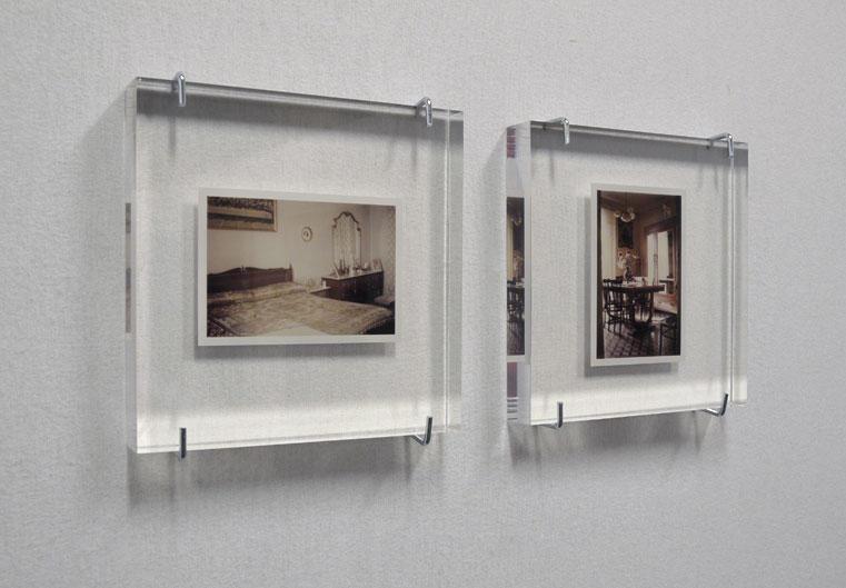 Libero - The house of Aunt Delia, C-print in glass