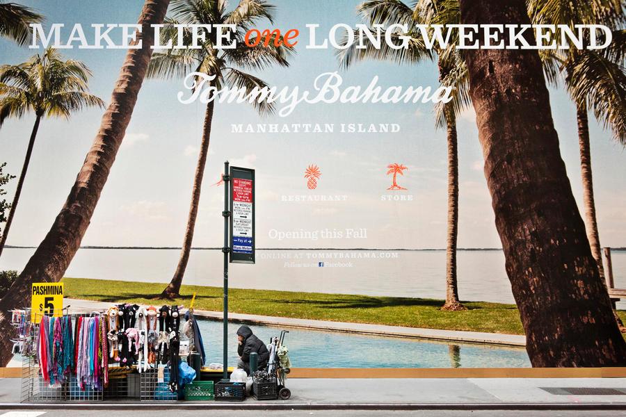 Tommy Bahama 01, 2012
