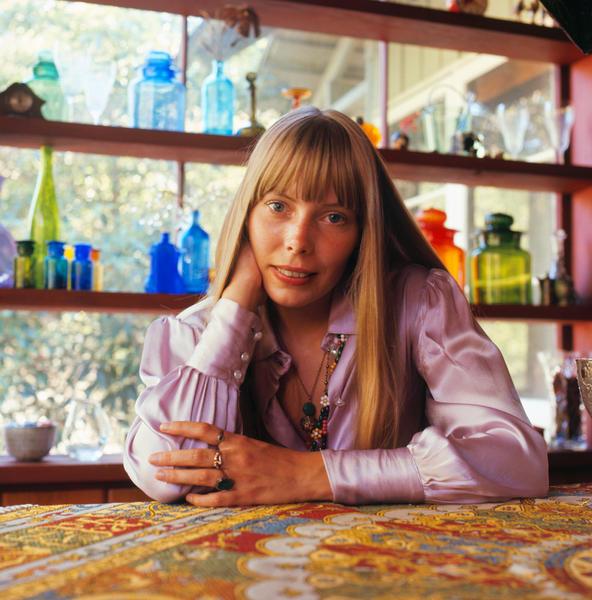Joni Mitchell at home, Laurel Canyon, LA 1968