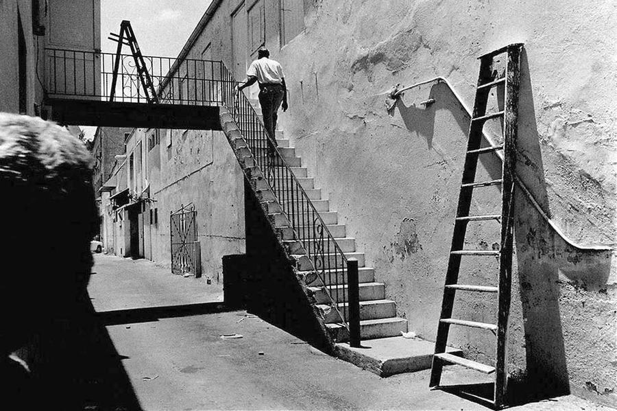 Men & Ladders,  Nassau, Bahamas