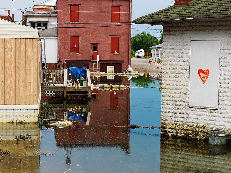 Left Behind, Eldon, Iowa, Flood, 2008