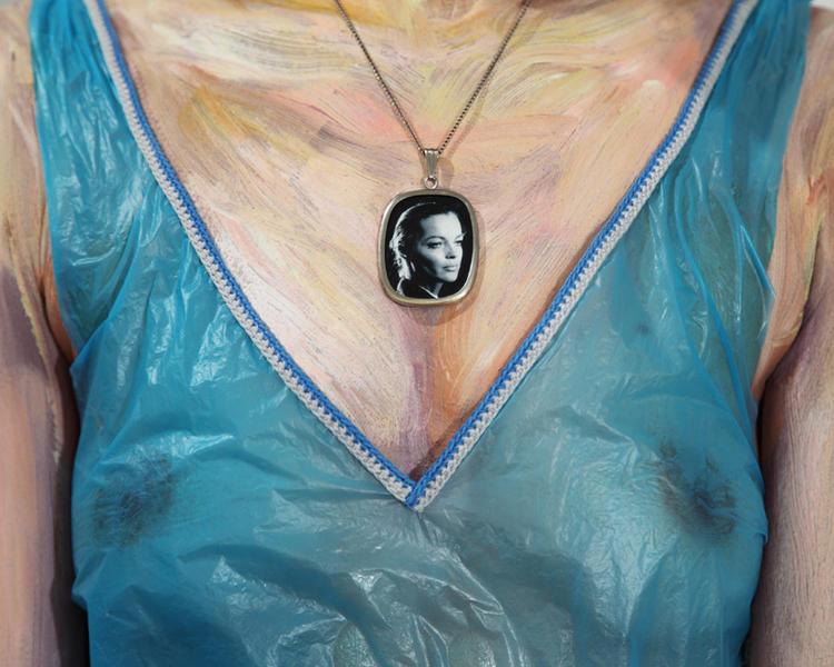 Mona II, 2011, 80 x 100 cm, ed of 5