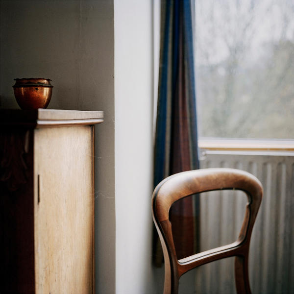 Chair and pot