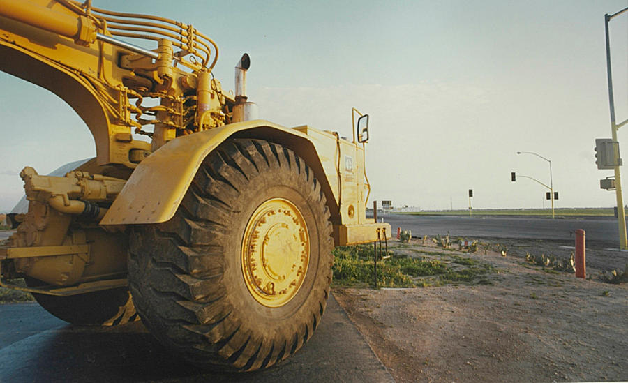 Earth  Mover, Chnadler AZ, 1979