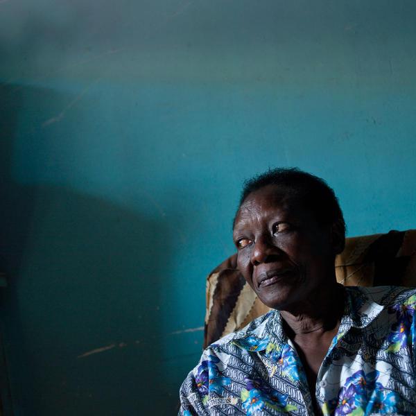 Blue Wall, Kajjansi, Uganda, 2011
