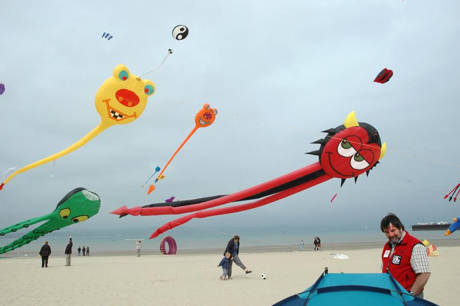 Kites, Weymouth, UK