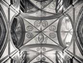Salisbury, NE-SE Transept Crossing