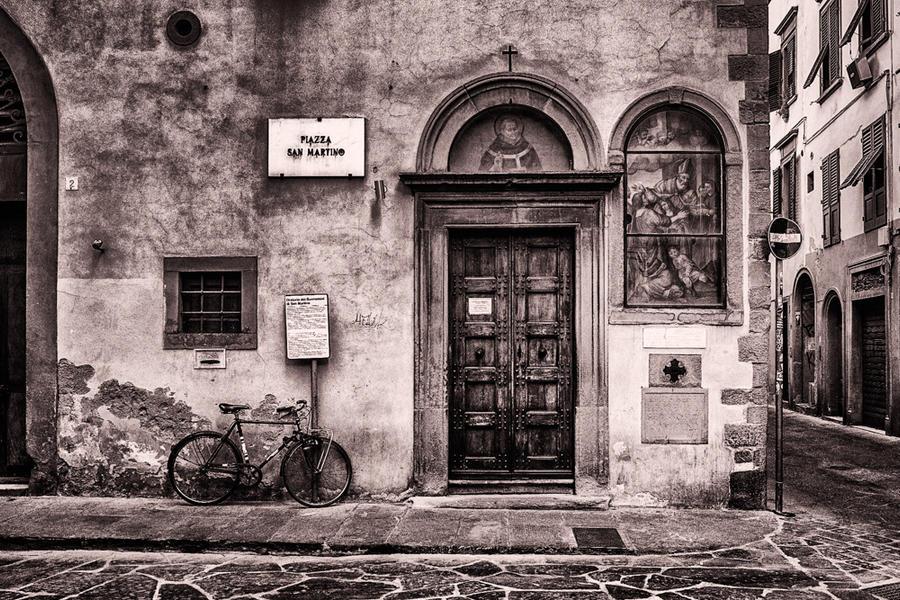 Piazza San Martino, Florence, Italy, 2018