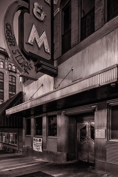 M&M Cigar Store, Butte, Montana, 2019