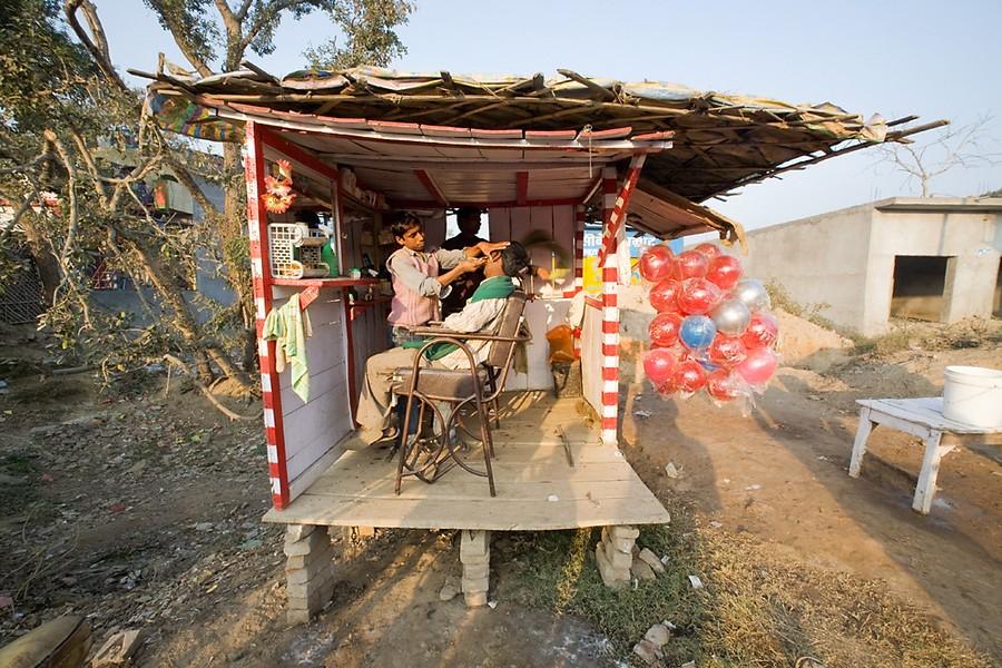 India, Kannauj - Barbershop Gauruv Kamur