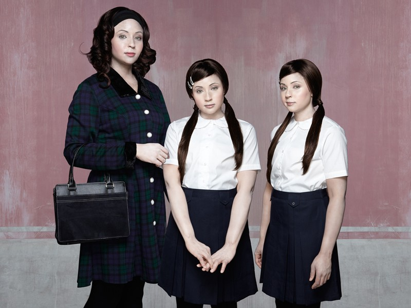 Bonnie, 35yrs and Twins Lara and Maisie, 9yrs.