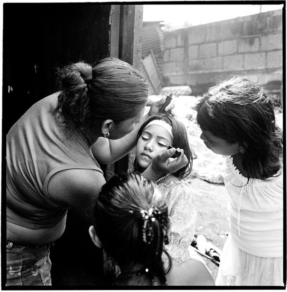 Make-up. La Chureca, Managua, Nicaragua
