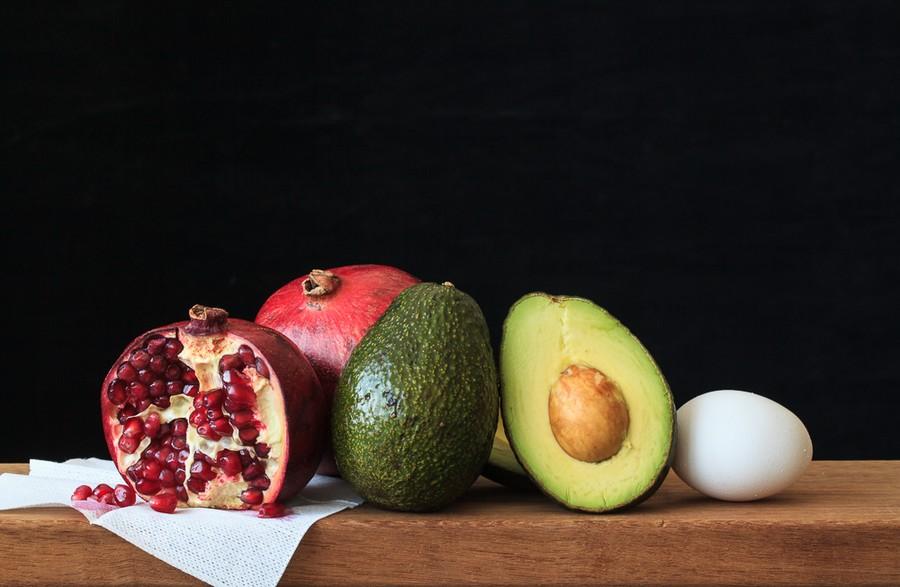 Pomegranates, Avocado, and Egg