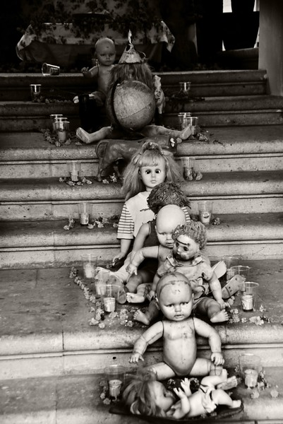 Altar of the Dolls
