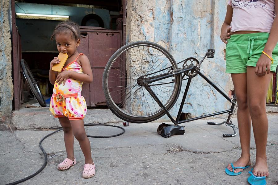 Little Girl / Havana