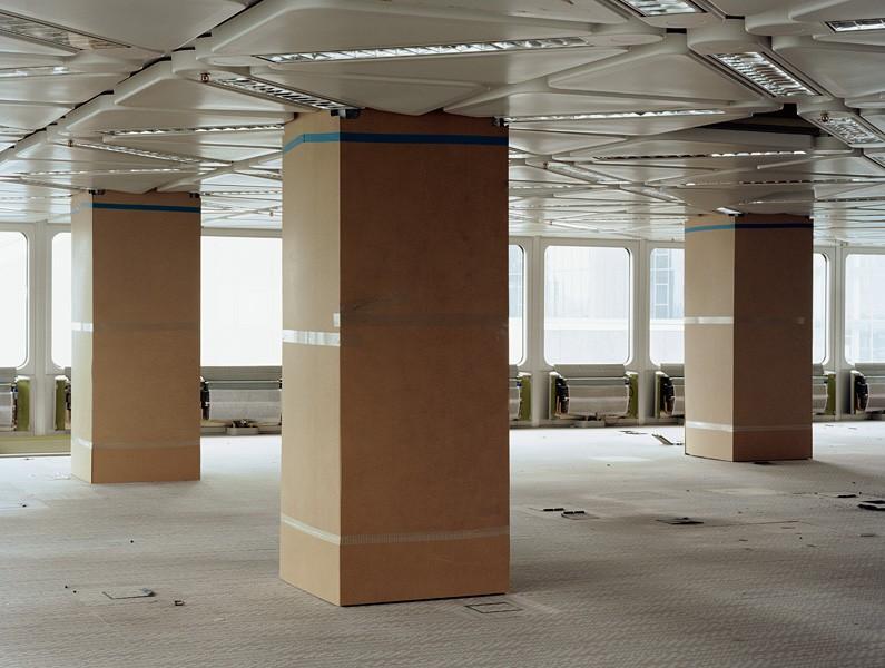Silver Tower #2, 2009, c-print, 90x115 cm