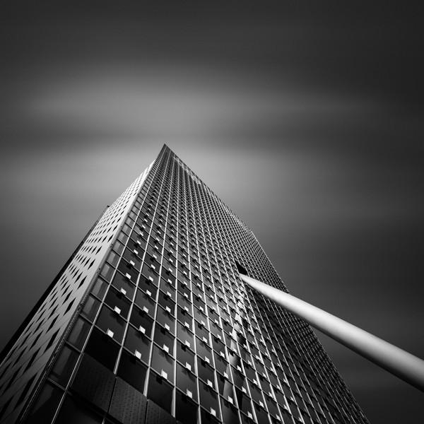 Angles Of Light IX - Toren op Zuid