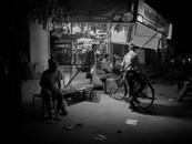 Shop & Cyclist (Rohet, Rajahstan, India, 2016)