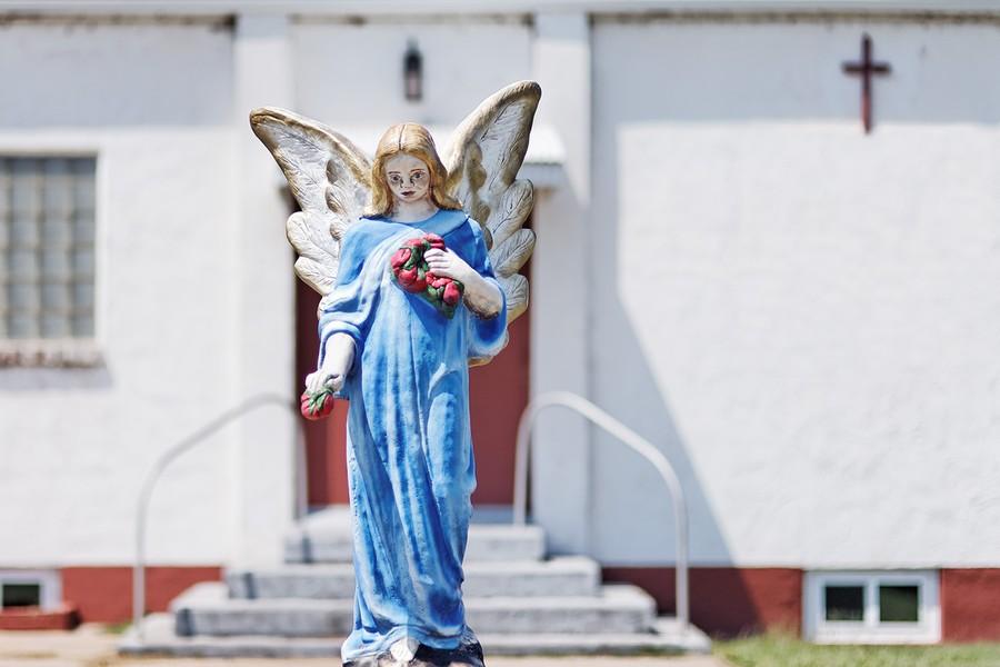 Angel, Mount Vernon, Kansas